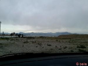 Kurz vor Nizza - im Hintergrund Schnee...