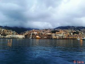 stark bewölkt in Genua