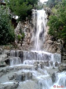 Wasserfall von aussen