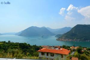 Aussicht von oben auf den Lago D'Iseo und auf die Insel Monte Isola