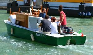 Im Bus (Boot) auf dem Canal Grande – Umzug in Venezia