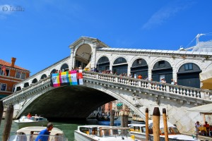 Die wohl berühmteste Brücke in Venezia! Ponte di Rialto (Rialtobrücke) über den Canal Grande