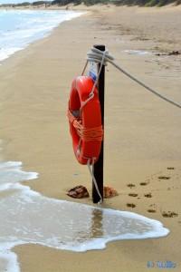 Beach of Torre Mozza – die Spuren sind natürlich von Nicol ;)