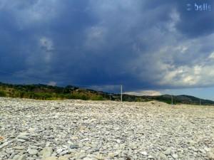 12:26 Uhr – Gewitter im Anmarsch.... Beach of Trebisacce