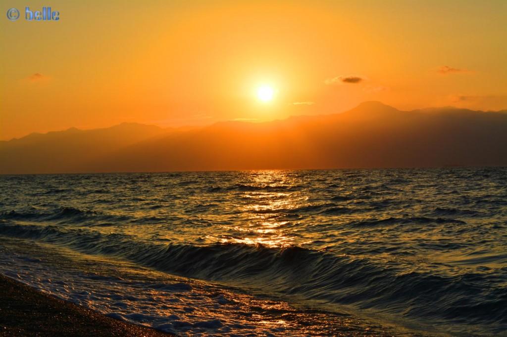 Sunset in Pellaro – view to Silcily
