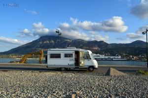 Unser Stellplatz am Hafen/Strand von Tèrmini Imerese