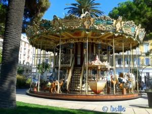 Altes Karussell von 1900 in dem Park an der Promenade des Anglais - Nizza