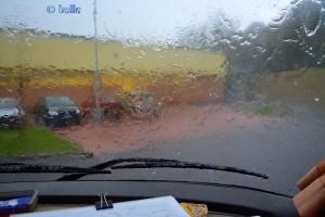 Regen und Hagel in Narni