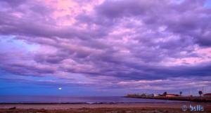 Vollmond und violette Wolken am Playa de Torre Derribada - San Pedro del Pinatar