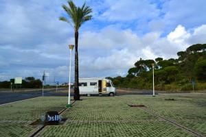 Parking near the Muelle de las Carabelas in La Rábida - Marismas de Santa