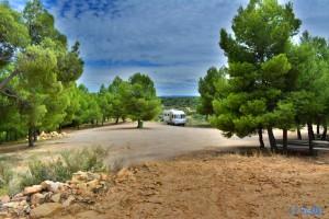 Parking at Ermita de Santa Barbara - N-420, 44594 Valdealgorfa, Teruel, Spanien – August 2015