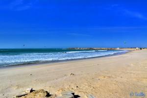 Kite-Surfer am Weststrand von Dakhla – Marokko