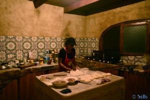 Die Strahlende Pizza-Bäckerin – Restaurant Camping Villa Bens - N1 - Tarfaya - Laâyoune-Sakia el Hamra – Marokko