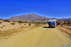 On the Road to the Blue Rocks - Tafraoute - Marokko