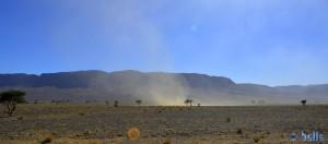Sand liegt in der Luft - kurz nach Foum Zguid – Marokko