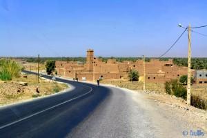 On the Road - N9 - Vallée du Drâa - Marokko