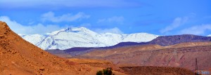 Neuschnee auf dem Hohen Atlas - Panorama von Aït Ben Haddou - Marokko – 300mm