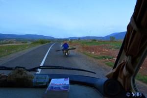"""Ein """"zu breit"""" gibt es nicht - On the Road – R304 – Marokko"""