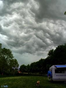 Gewitterstimmung in Vigna - Chiusa di Pesio- Italien – Panorama-Bild hoch