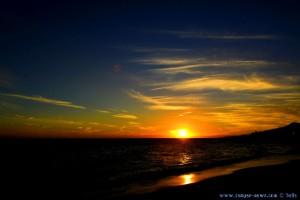 Sunset at Playa el Playazo – Nerja – Spain → 17:53:12 → 18mm