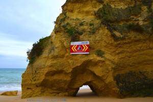 Praia do Vale do Olival - Armação de Pêra – Portugal