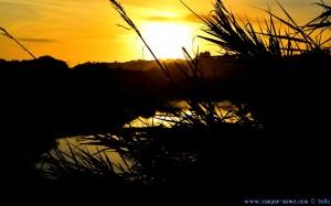 Sonnenuntergang am hauseigenen Badesee - Praia do Vale do Olival - Armação de Pêra – Portugal