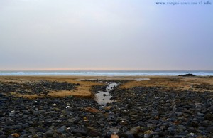 Fluss am Praia da Cordoama - Vila do Bispo - Portugal