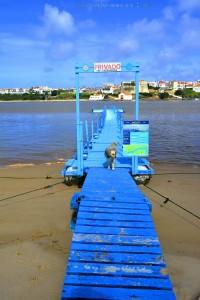 Nicol will offenbar Boot fahren ;) Steg am Río Mira – Portugal