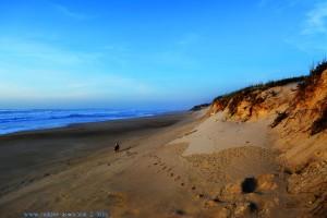 Die Flut reicht bis zu den Dünen - Praia das Pedras Negras – Portugal