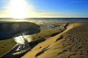 Typisch für Portugal - ein Fluss, der ins Meer mündet - hier in Costa de Lavos – Portugal