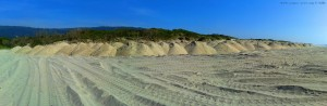 Sandhaufen am Río Cabanas - Praia de Afife – Portugal