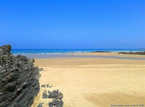 Nicol mischt die Möwen auf - Praia O Riás – Spain