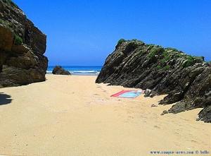 Mein windgeschützter Strandplatz am Praia O Riás - Spain