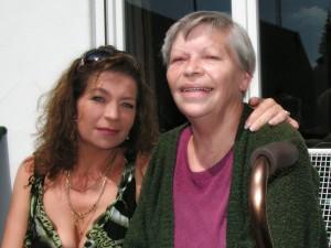 2009 im August – happy mit meiner Mutter! UNBEZAHLBAR!