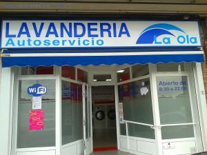 Lavanderia La Ola - Travesía de Meicende, 119, 15008 Arteixo, La Coruña, Spanien