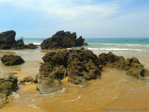 Kleine Bucht neben Playa de Valdearenas – Spain