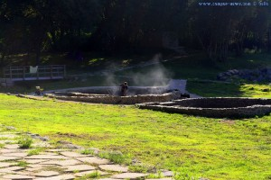 Die römischen Thermalquellen werden gereinigt - Spanien - 555 Meter über dem Meeresspiegel