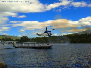 Helicopter gegen das Feuer am Río Miño - Barbantes – Spain