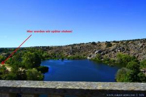 Von der Brücke aus sehen wir schon den Platz am Río Tormes in Ledesma – Spain