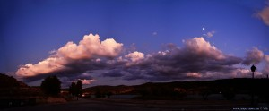 Abendstimmung am El Lago de Pareja mit Halbmond - Pareja – Spain