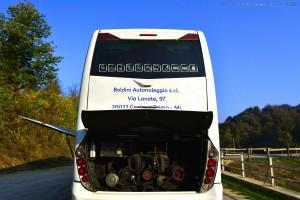Bus mit Kühler-Problemen am Lago die Pianfei – Italy