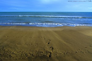 Unsre Spuren im Sand *träller* - und Flugsand am Platja de l'Eucaliptus – Spain