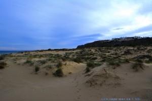 ...aber manchmal wartet Nicol sogar auf mich - Dunes at Playa de Los Arenales del Sol – Spain