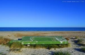 Merkwürdige Konstruktion am Playa de Torre Derribada - San Pedro del Pinatar – Spain