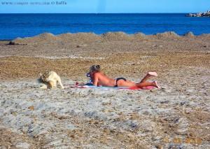 Die Strand-Saison ist eröffnet - Playa de Torre Derribada - Pedro del Pinatar – Spain.