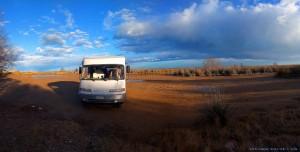 Parking at Platja dels Eucaliptus - Urbanització Eucaliptus, 43870 Amposta, Tarragona, Spanien - March 2018