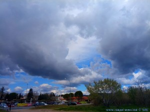 Nach anfänglicher Sonne - wieder dicke fette Wolken - Le Muy – France