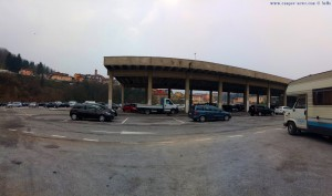 Der Parkplatz ist voll - Mondovì – Italy