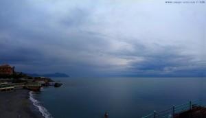 Dunkel und Dauerregen in Genova – Italy