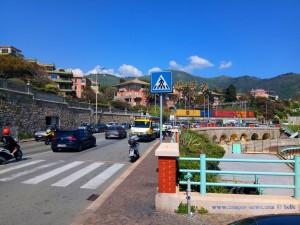 Polizei und Abschleppwagen - Genova – Italy